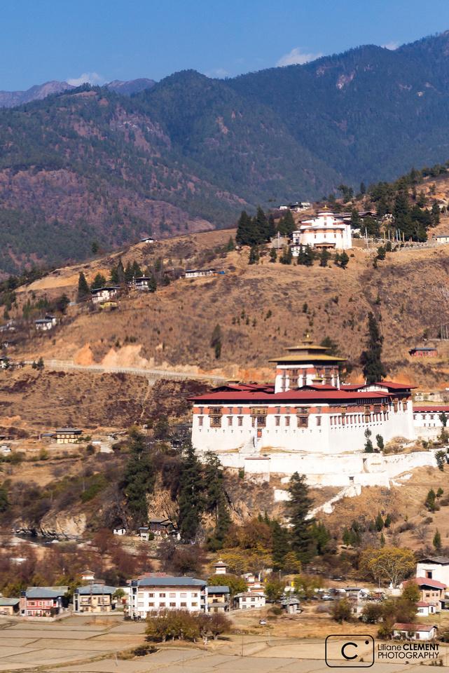 Juste avant d'attérir, vue sur le Dzong